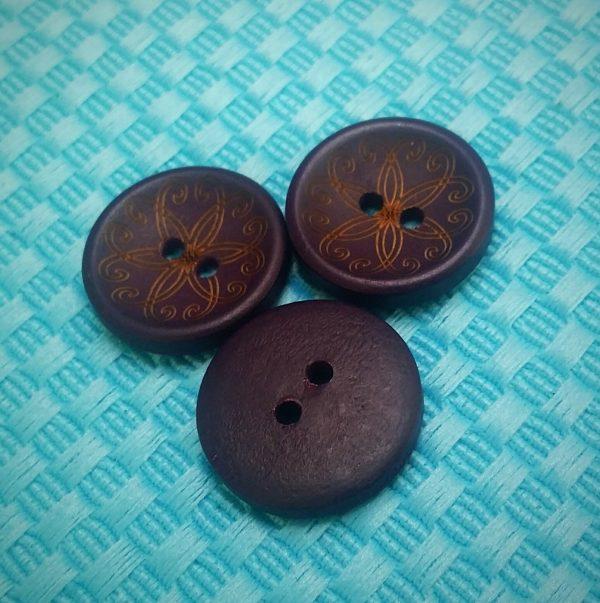 Knoopjes 2 cm paars