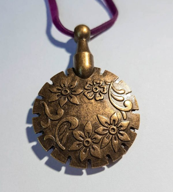 Garensnijder hanger clover antiek goud