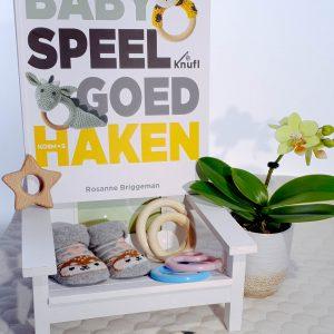 Babyspeelgoed haken - haakboek Rosanne Briggeman scenario
