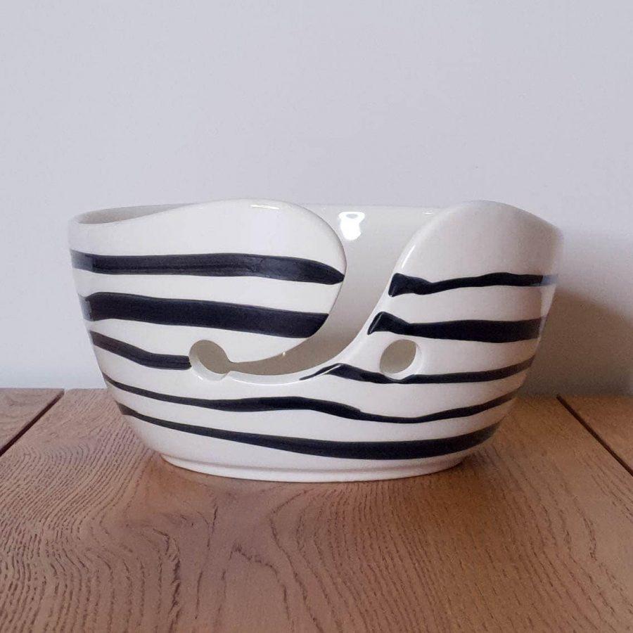 Yarn Bowl Delfts Zwart Horizontale streep