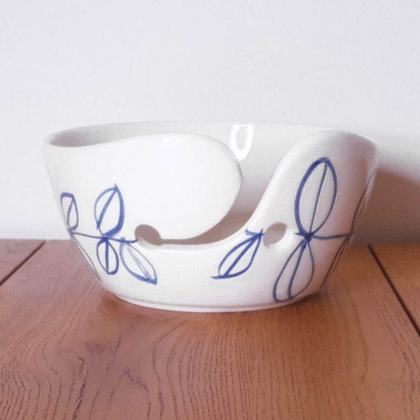 Yarn Bowl Delfts Blauw Dunnere streep bladeren