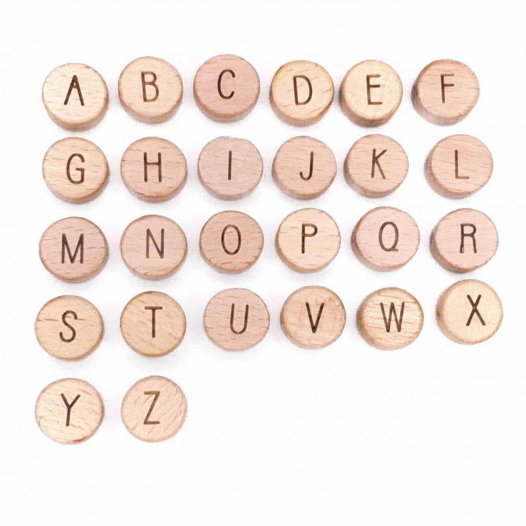 Houten letterkralen rond 14 mm