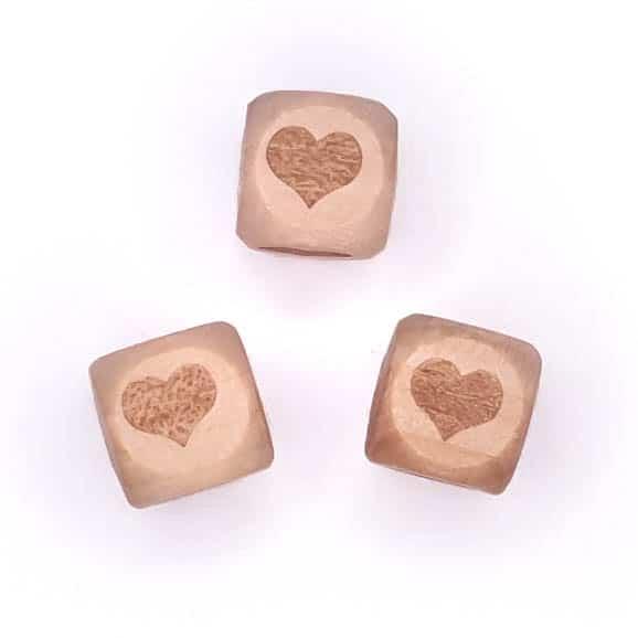 Houten kralen gegraveerd hart 12 mm doorsnede